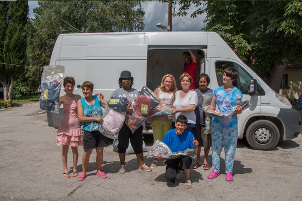 humana bulgaria donating clothe in bulgaria